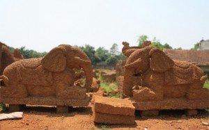 l'artiste qualifié Nghiêm peux sculpter deux éléphants