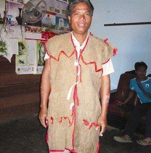 Les habits de l'ethnie Hà Lang