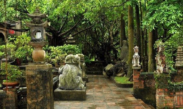 Visite palais de Thanh Chuong Hanoi