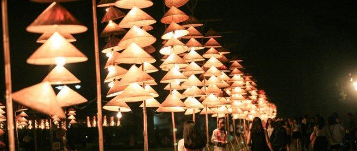 chapeau conique vietnam - beauté vietnamienne
