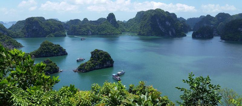Baie d'Halong - circuit au Vietnam authentique