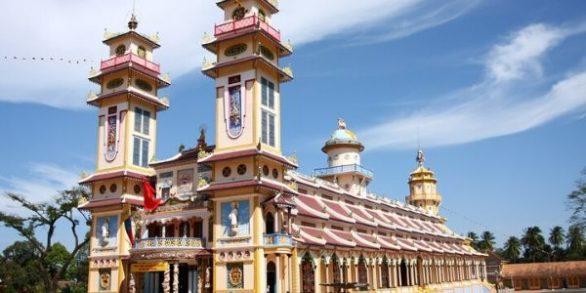 Visite Cu Chi et temple Cao Dai Tay Ninh