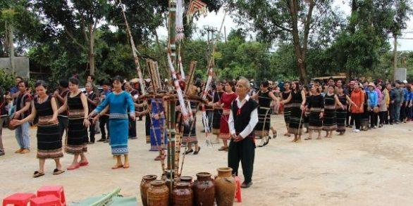 Fêtes des Hauts Plateaux du Centre Vietnam