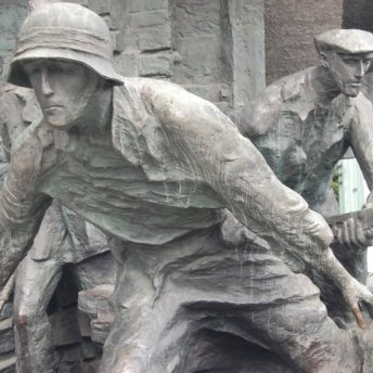 Warsaw Rising – a tragic and heroic battle for freedom.