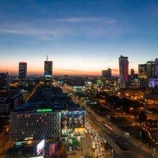Warszawa to duża metropolia, w której mieszka blisko 2 miliony mieszkańców.