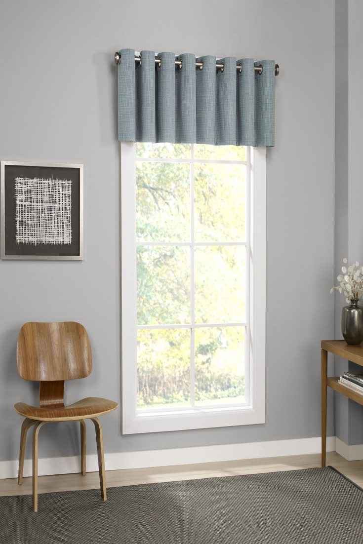 6 Window Valance Styles That Look Great In Any Living Room