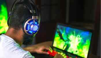 Best Gaming Laptop Under 900