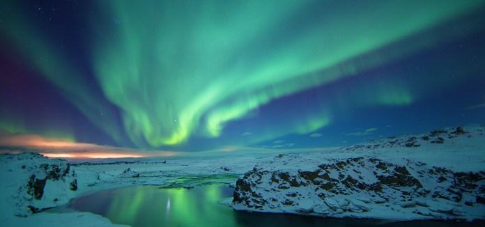 ผลการค้นหารูปภาพสำหรับ iceland northern lights