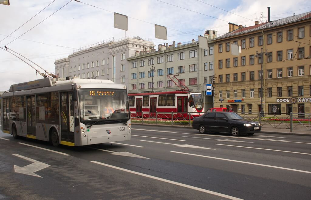 bus and tram