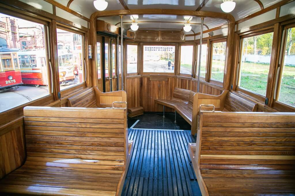 Salon of the tram
