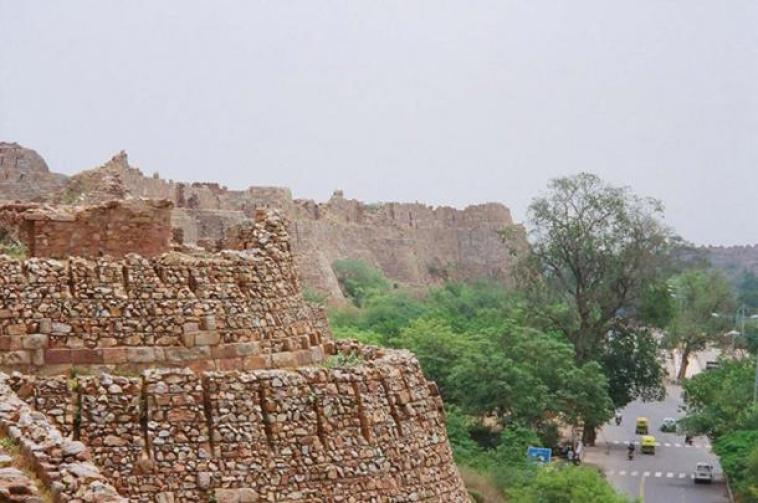 Facts about the Tughlaqabad  Fort