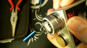How To Rebuild The TFV4 Atomizer post not crossing the decks