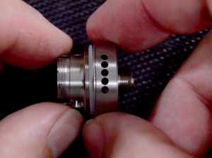 Conqueror-Postless-RTA-From-Wotofo-Review-airflow