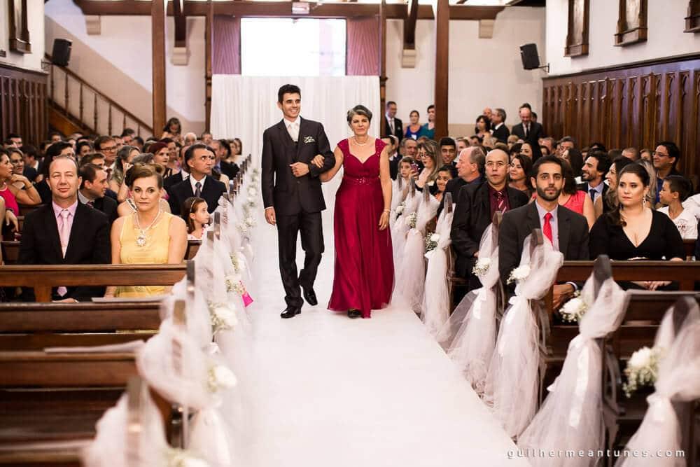 Fernanda e Charles: Fotografia de casamento em Lages (A entrada do noivo)