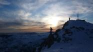 Coucher de soleil sur le Cheyron avan de plonger en snowbord dans les couloirs de la face sud