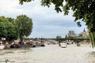 Paris autrement - la Seine aux bateaux
