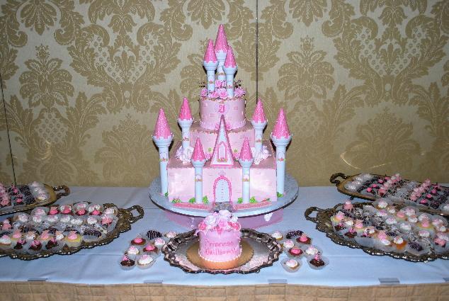A princess cake!  And A PRINCESS CAKE!