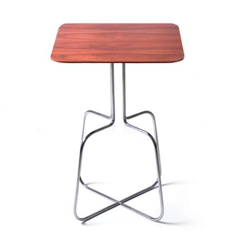 mesa lateral Trapézio Wire