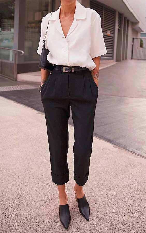 camisa branca e calça de alfaiataria