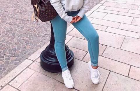 25 Produções práticas e estilosas com calça jeans e tênis