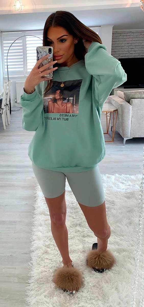 Pijama, moletom verde e biker shorts
