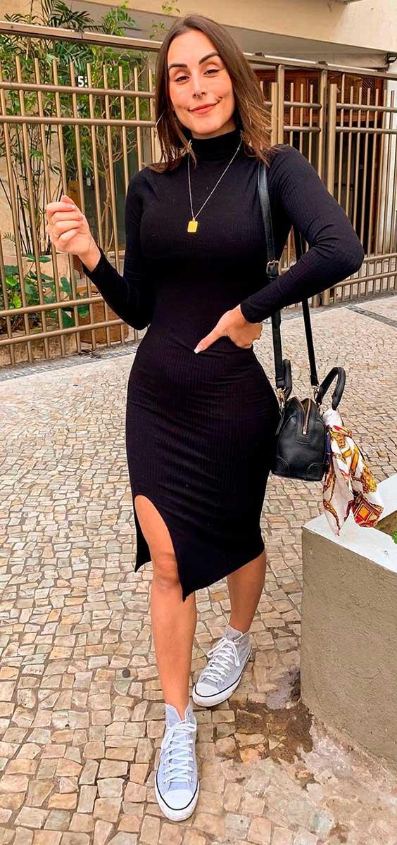 vestido de gola alta preto