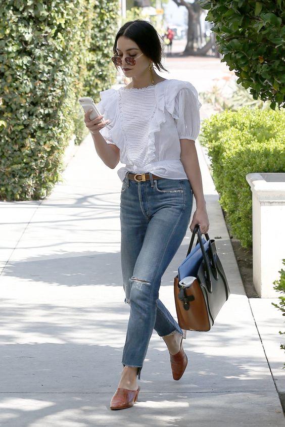 top de renda e calça jeans skinny
