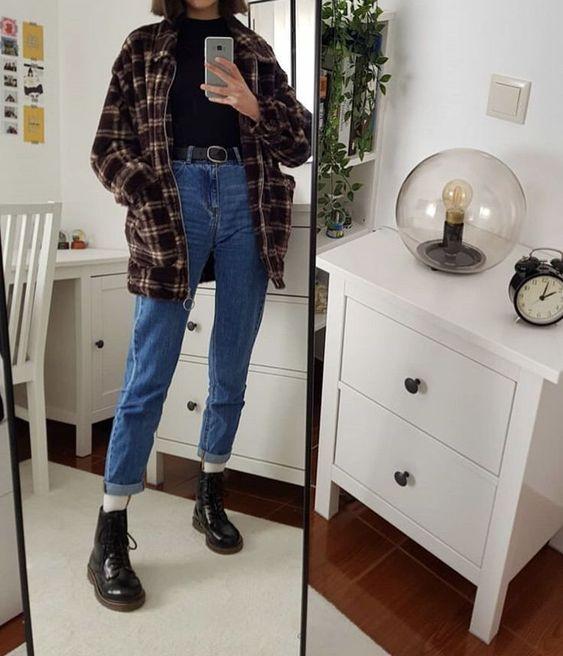 jaqueta xadrez anos 90 , mom jeans e cotunro