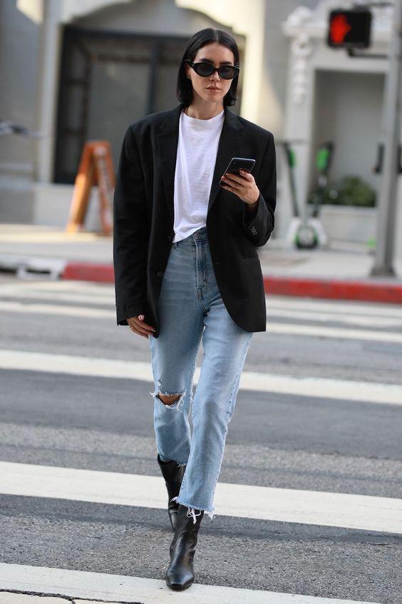 blazer oversized e calça jeans destroyed