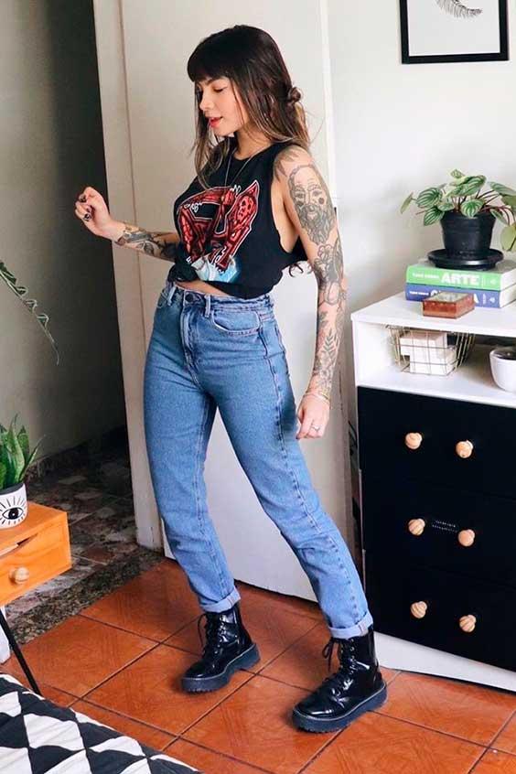 regata, mom jeans e coturno