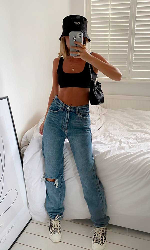 bucket hart preto, cropped preto, calça jeans wide leg