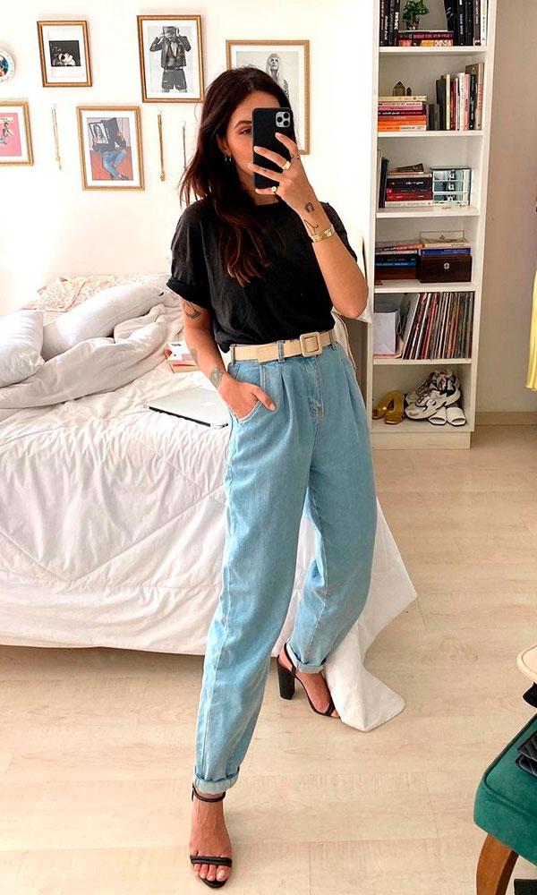 calça slouchy jeans e t-shirt preta