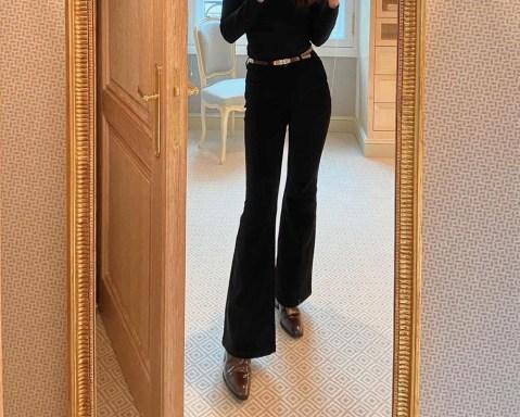 Qual sapato usar com calça flare preta