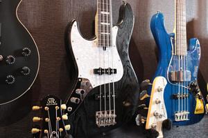 bacchus-bass-lefty