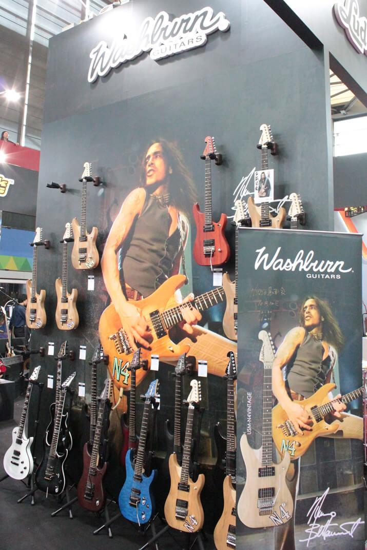 Washburnのエレキギター