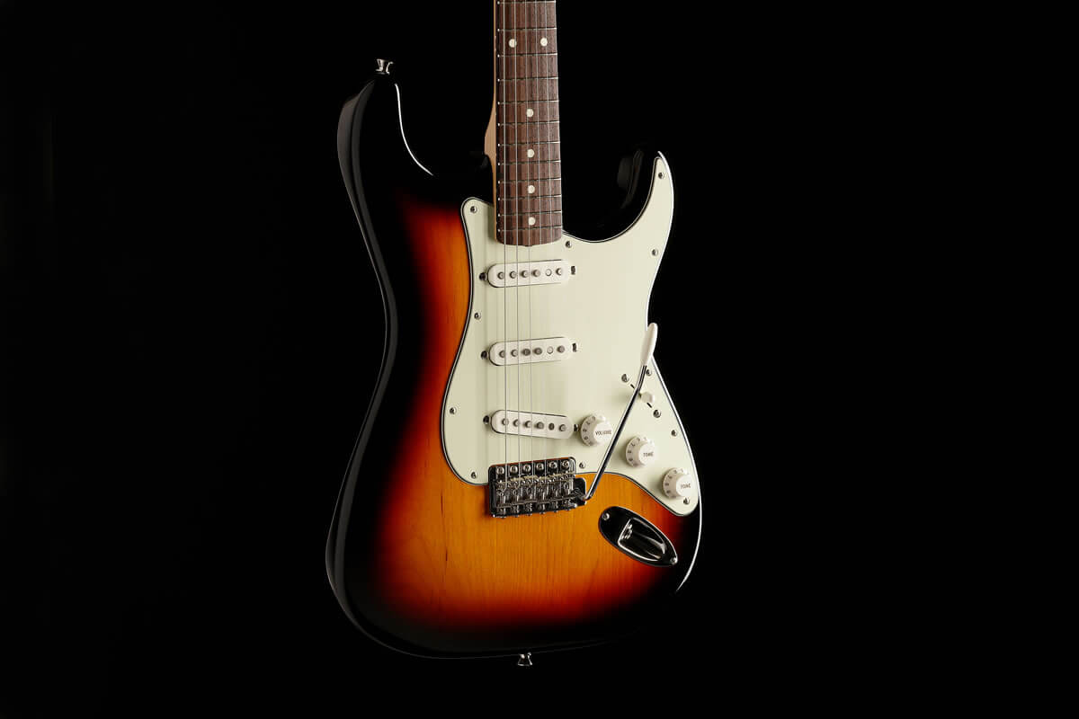 MADE IN JAPAN HERITAGE Stratocaster
