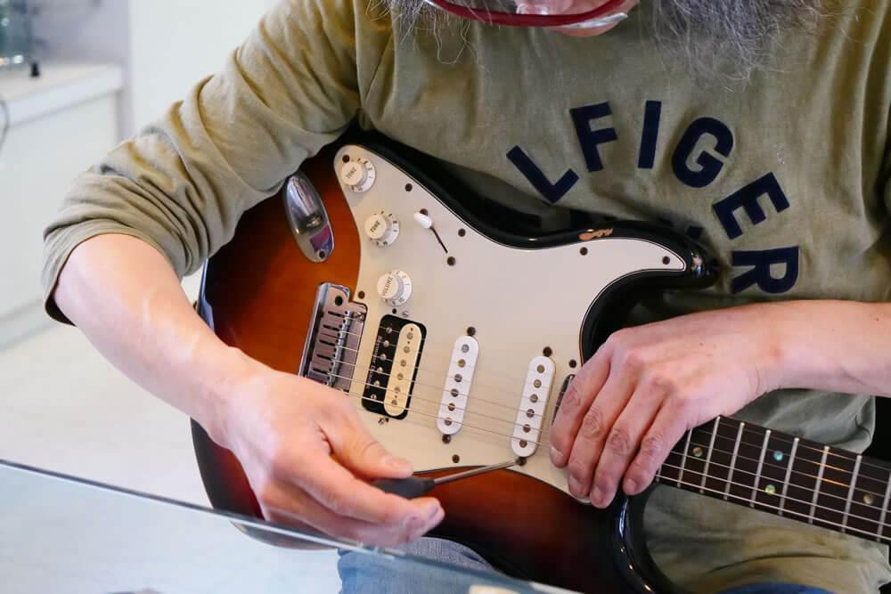 ギターのコンディション確認