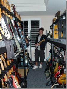 john-mayer-guitar-collection