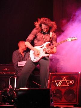 Steve Vai guitar rig and equipment