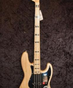 E-Bass im American Guitar Shop 4