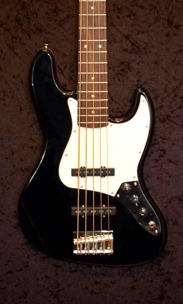 E-Bass im American Guitar Shop 2