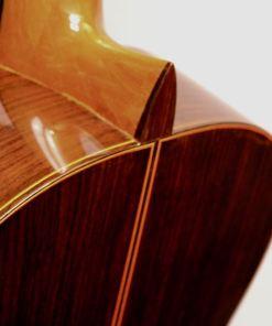 Flamenco-gitarren im American Guitar Shop 34