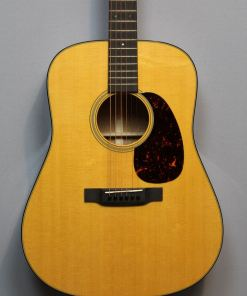 Martin Guitars im American Guitar Shop 4