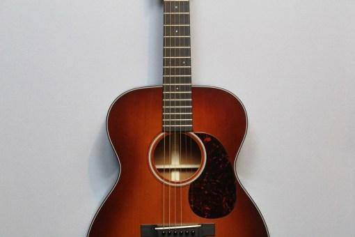Martin OM-18 Guitar Shop