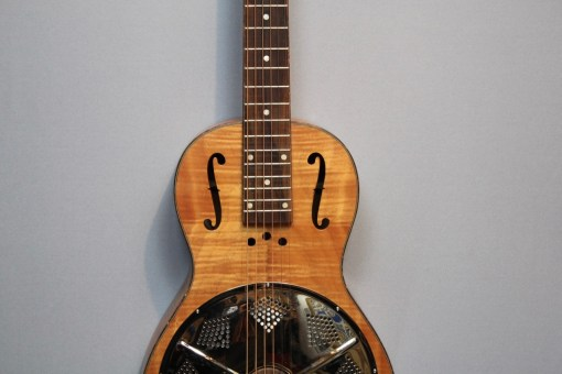 Paramount Little Wing Resonator Gitarre