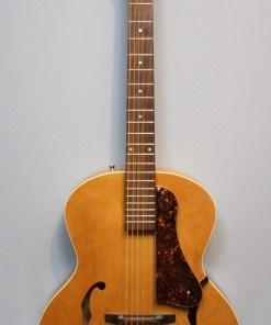 Godin 5th Avenue mit K&K PU E-Gitarre2