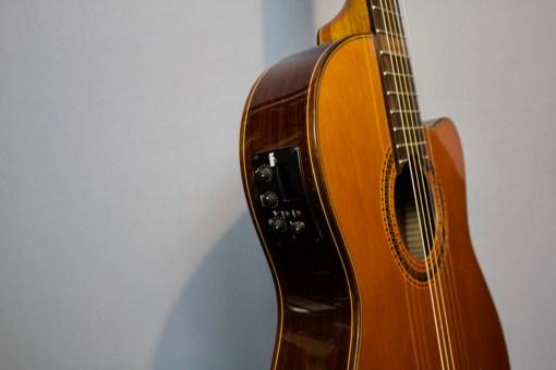 Valencia CCG1 Konzertgitarre mit Tonabnehmer