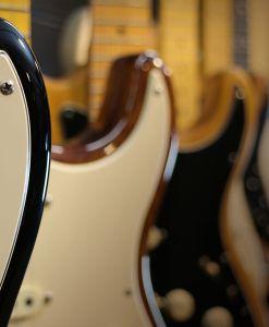 Abteilung für E-Gitarre und Bass