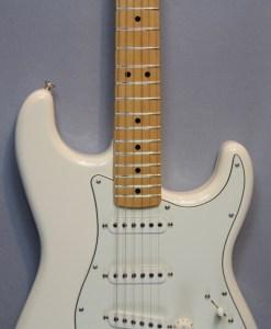 Fender Standard Strat MN AWT Guitar Shop