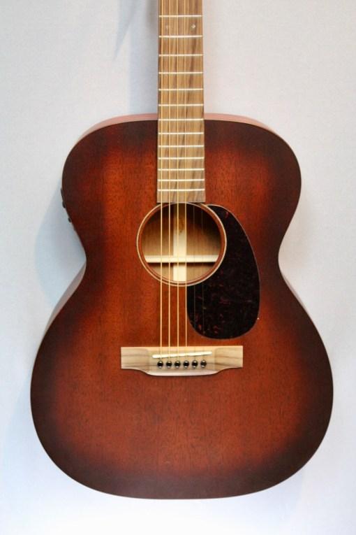 Martin Guitars 000-15M Burst PU Folkgitarre mit Tonabnehmer 4